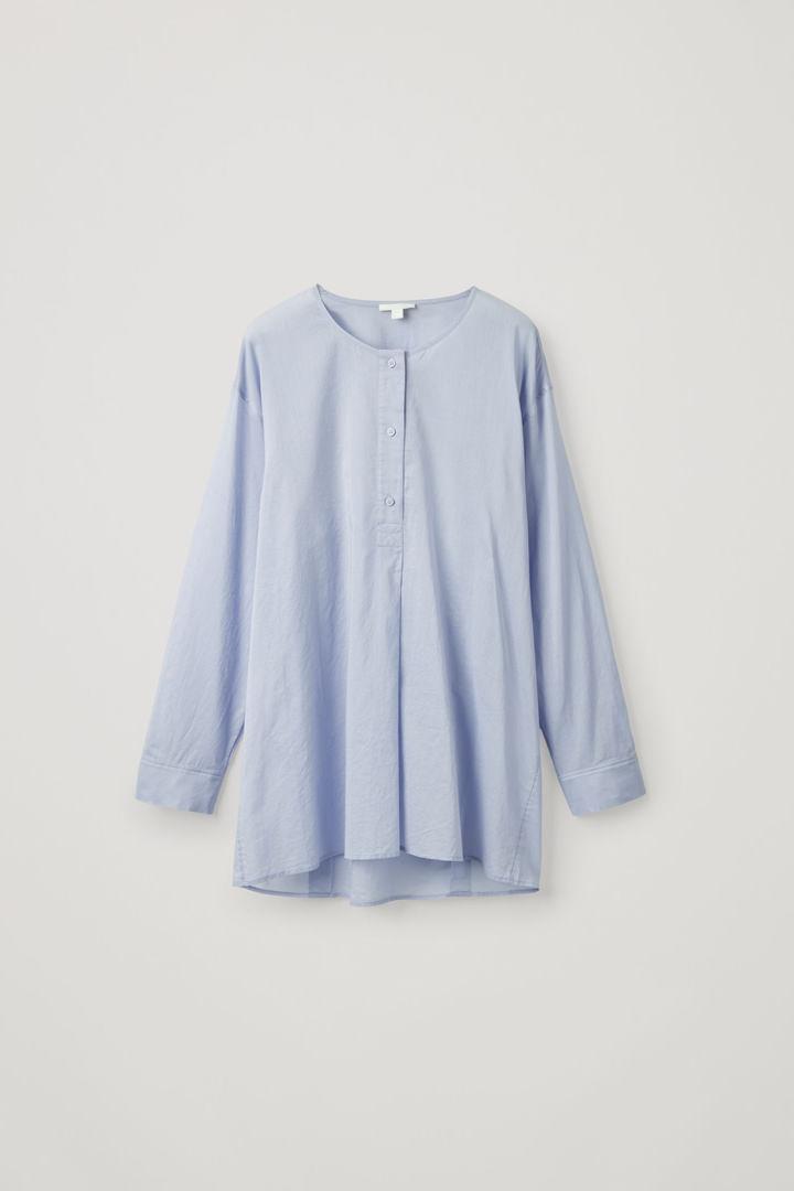 COS hover image 3 of 블루 in 라이트웨이트 카프탄 셔츠