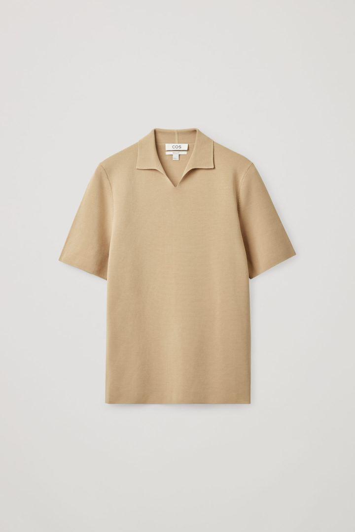 COS 오픈 칼라 폴로 셔츠의 베이지컬러 Product입니다.