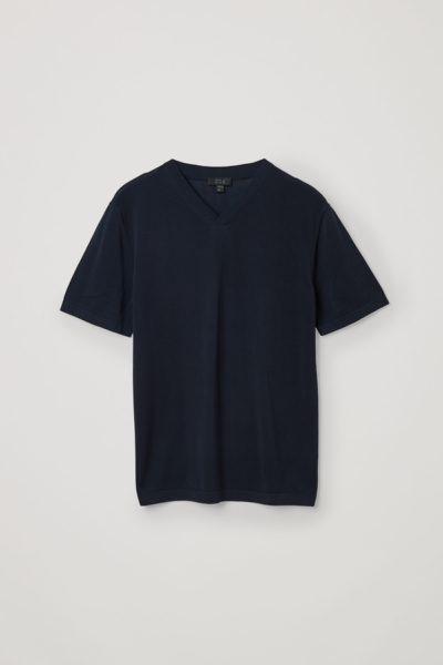 COS default image 9 of 블루 in 오가닉 코튼 니티드 브이넥 티셔츠