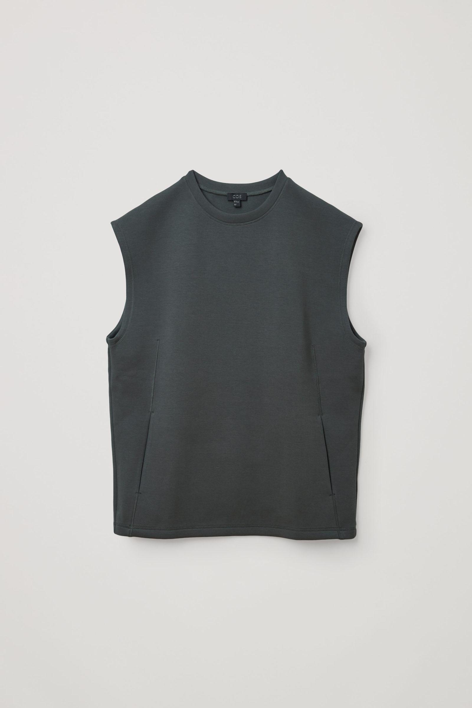 COS 오가닉 코튼 스쿠버 티셔츠의 그린컬러 Product입니다.