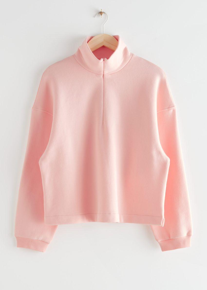 앤아더스토리즈 박시 하프 집 라운지 스웨터의 핑크컬러 Product입니다.