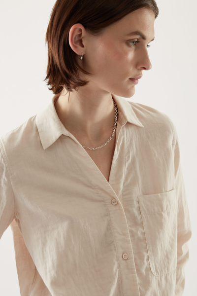 COS default image 9 of 브라운 in 오가닉 코튼 오버사이즈 튜닉 스타일 셔츠