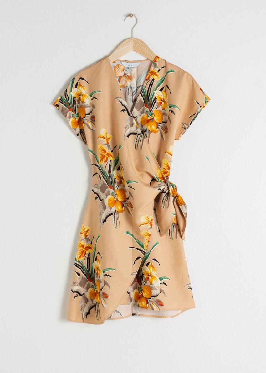 앤아더스토리즈 리넨 블렌드 랩 미니 드레스의 트로피컬컬러 Product입니다.
