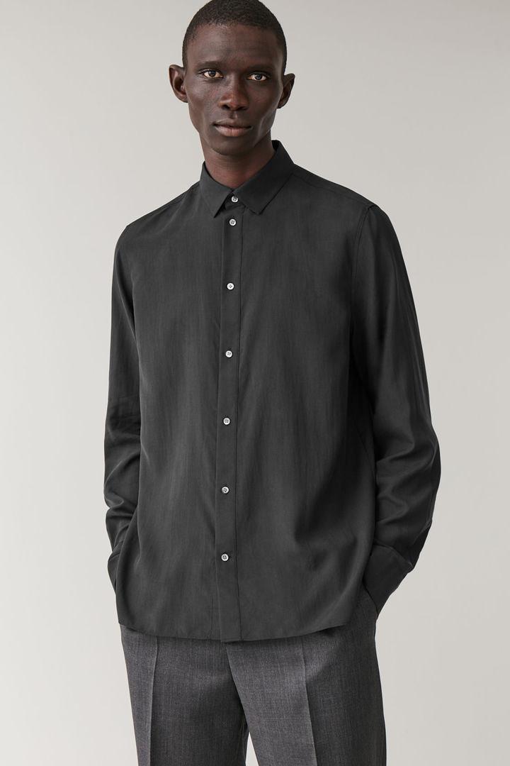 COS default image 1 of 블랙 in 버튼업 멀버리 실크 셔츠