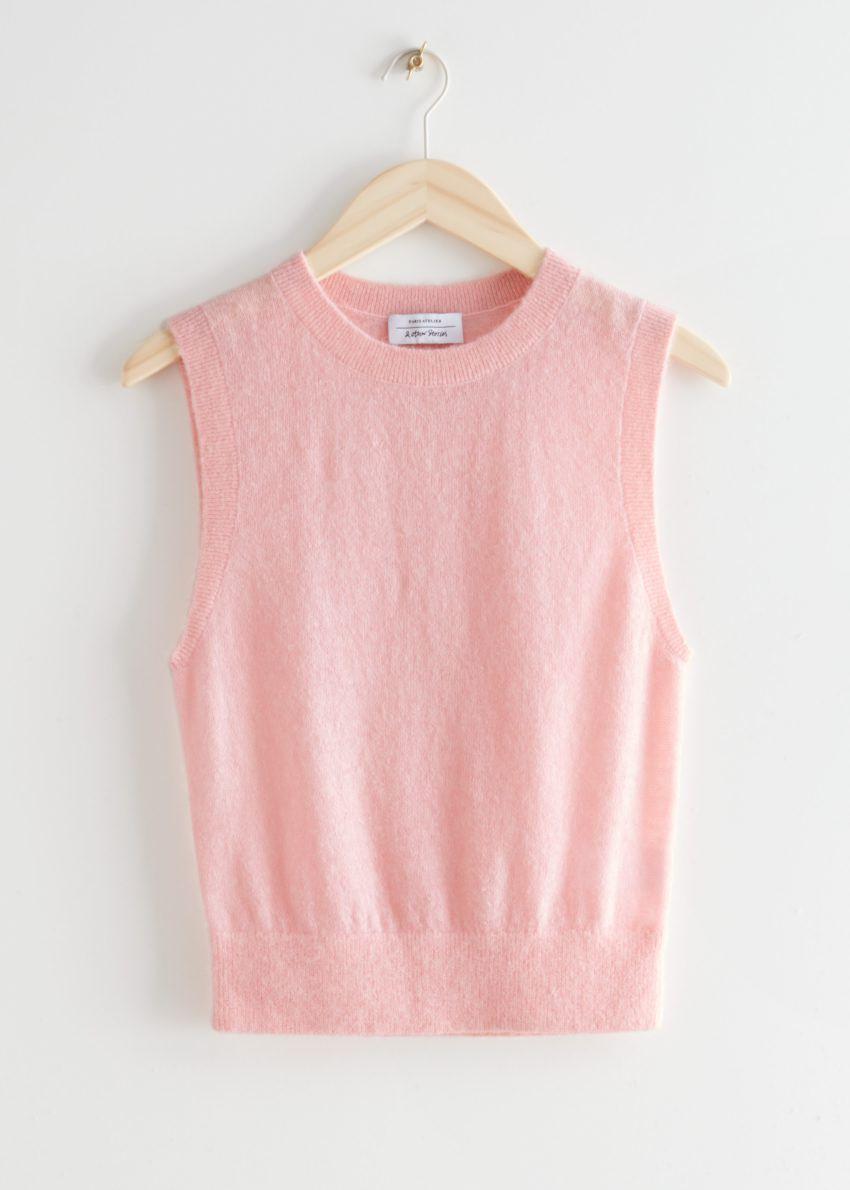 앤아더스토리즈 알파카 블렌드 니트 베스트의 핑크컬러 Product입니다.