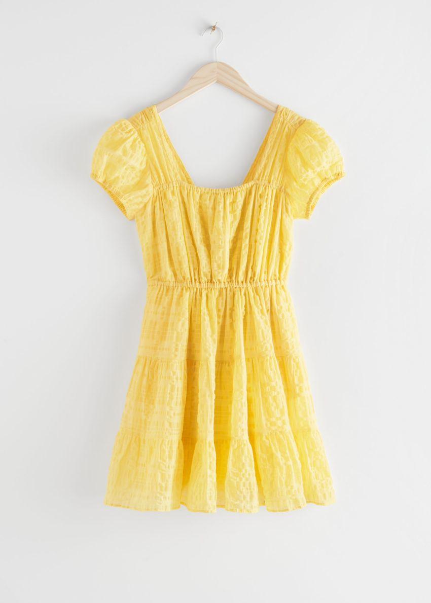 앤아더스토리즈 퍼프 슬리브 러플 미니 드레스의 옐로우컬러 Product입니다.