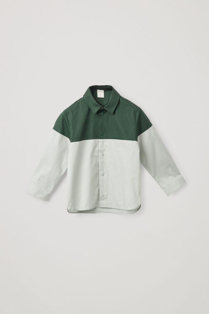 COS 컬러 블록 코튼 셔츠의 다크 그린 / 라이트 그린컬러 Product입니다.