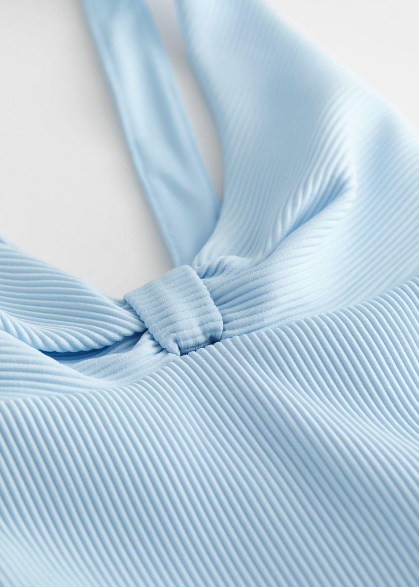 앤아더스토리즈 크리스 크로스 립 타이 매듭 스윔수트의 라이트 블루컬러 Detail입니다.