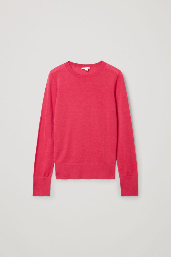 COS 메리노 울 크루 넥 스웨터의 핑크컬러 Product입니다.