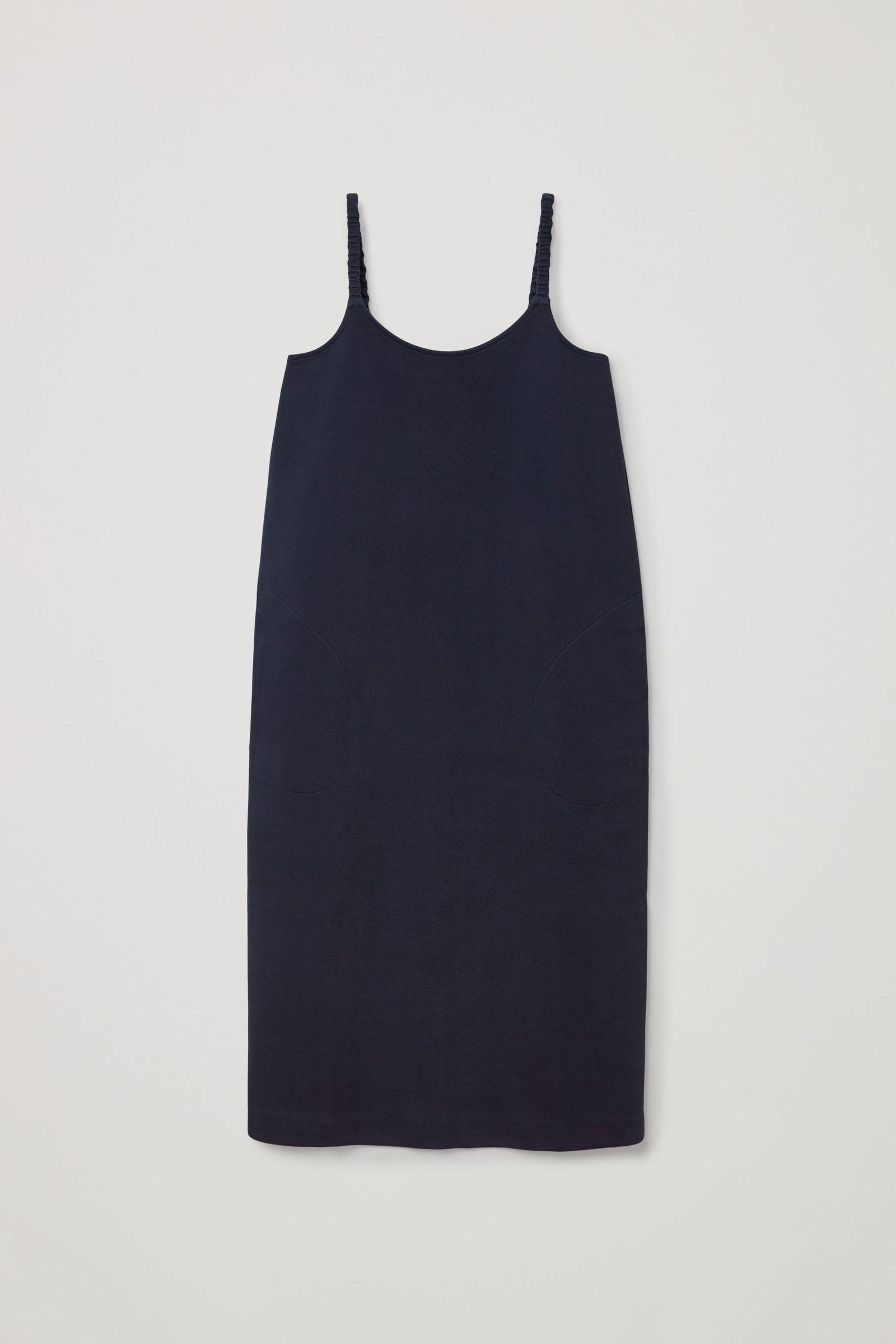 COS 오가닉 코튼 라운디드 헴 슬립 드레스의 네이비컬러 Product입니다.