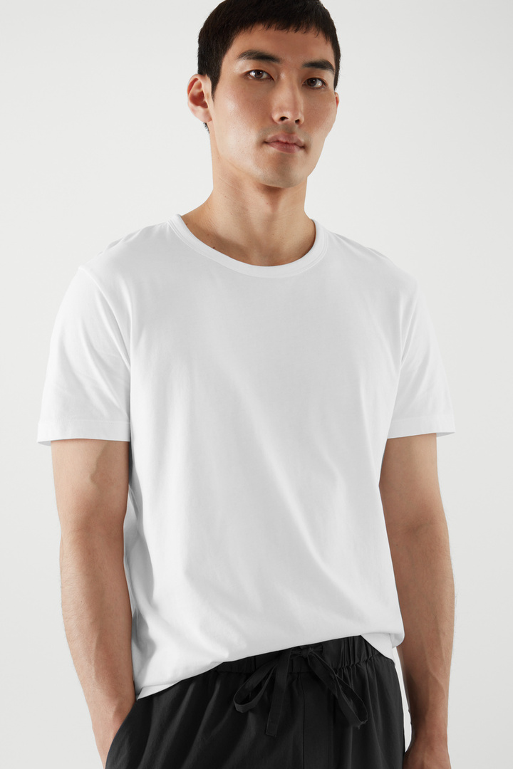 COS default image 3 of 화이트 in 레귤러 핏 브러쉬드 코튼 티셔츠