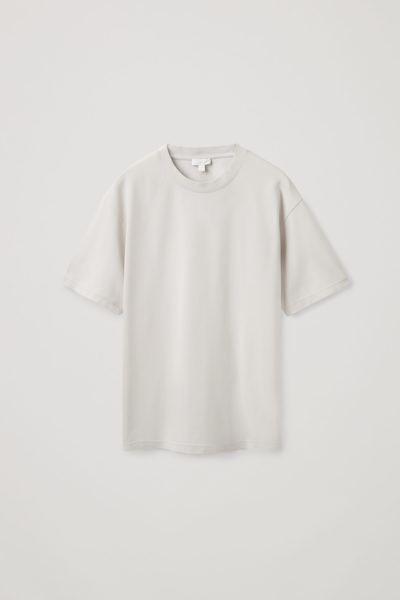 COS default image 10 of 그레이 in 릴랙스드 핏 티셔츠