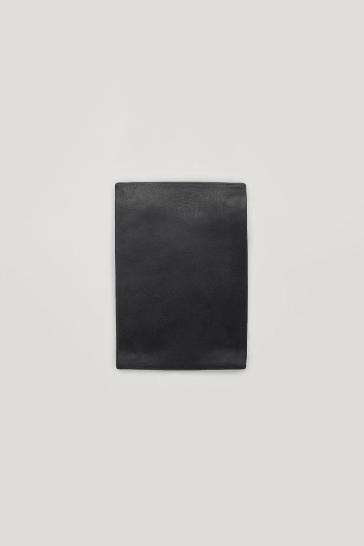 COS default image 5 of 블랙 in 더블 집 레더 코인 월렛