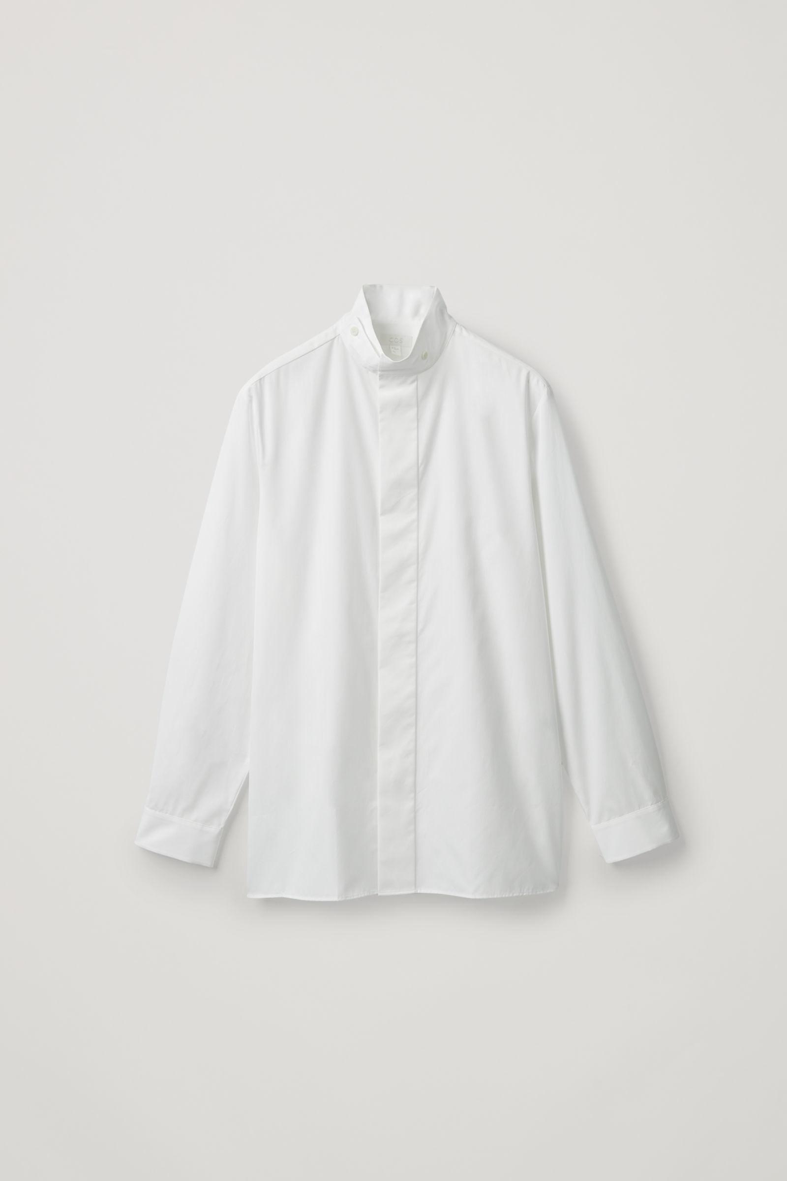COS 퍼널 칼라 코튼 셔츠의 화이트컬러 Product입니다.