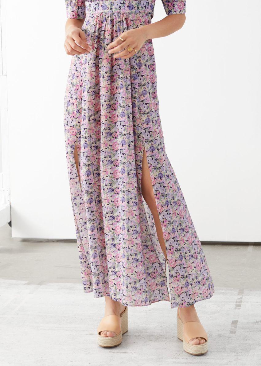 앤아더스토리즈 코튼 블렌드 커피 빈 미디 드레스의 핑크 플로럴컬러 ECOMLook입니다.