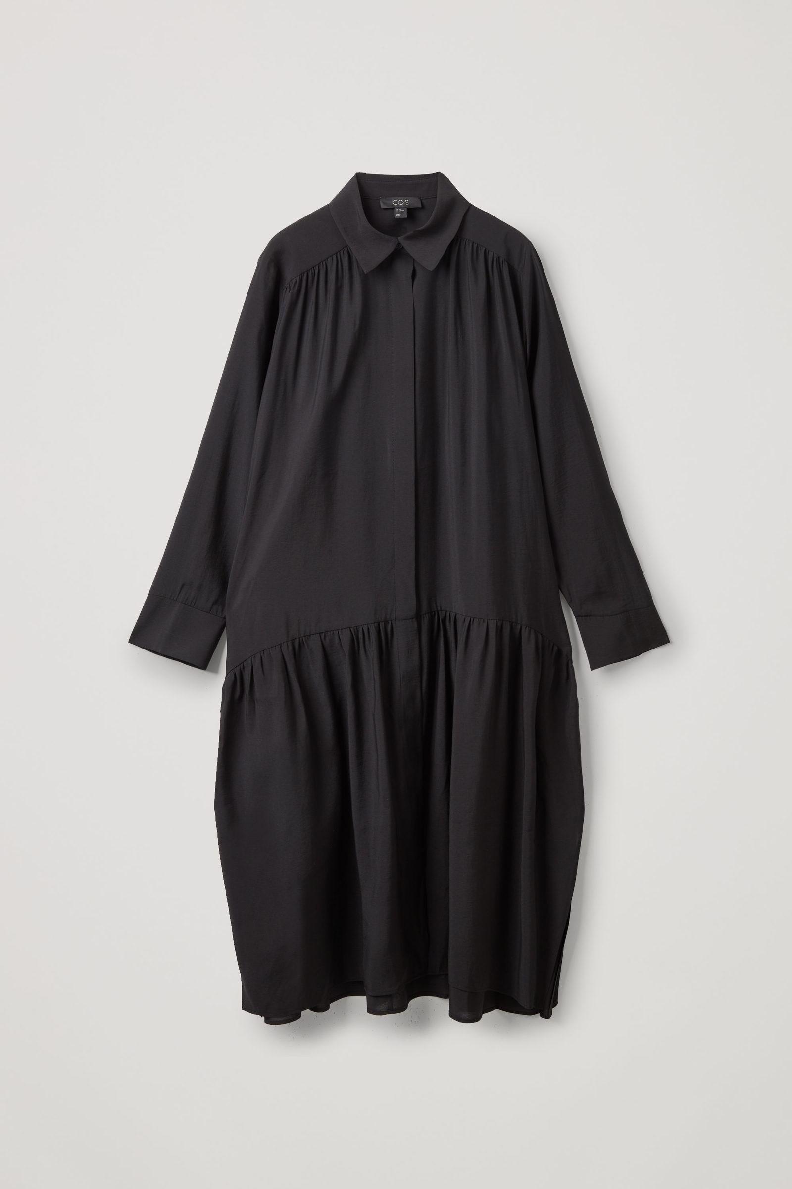 COS 티어드 미디 셔츠 드레스의 블랙컬러 Product입니다.