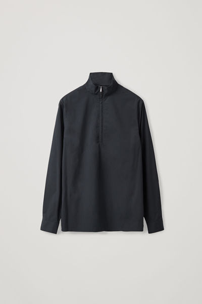 COS default image 11 of 블루 in 테크니컬 하프 집 셔츠