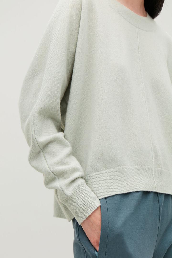 COS default image 12 of 그린 in 릴랙스드 캐시미어 스웨터