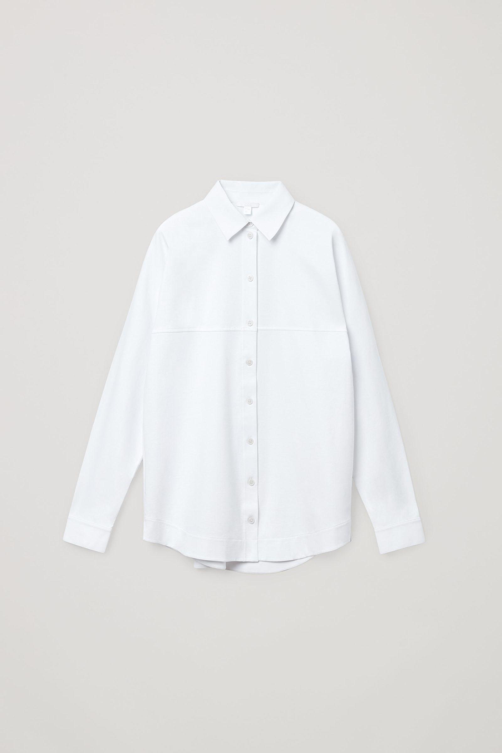 COS 플리츠 코튼 셔츠의 화이트컬러 Product입니다.