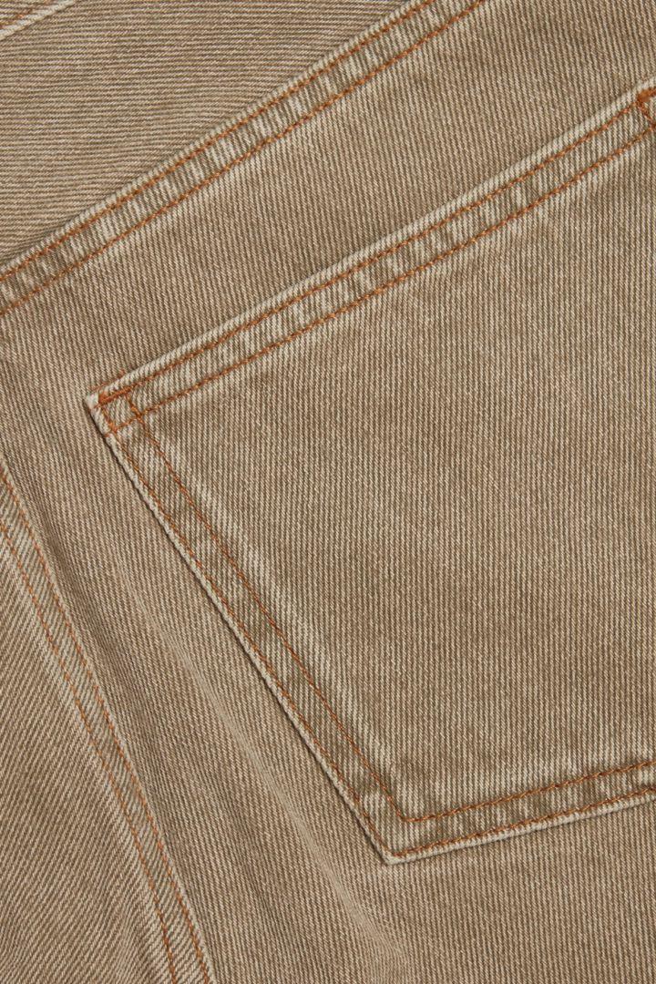 COS 오가닉 코튼 스트레이트 진의 베이지컬러 Detail입니다.