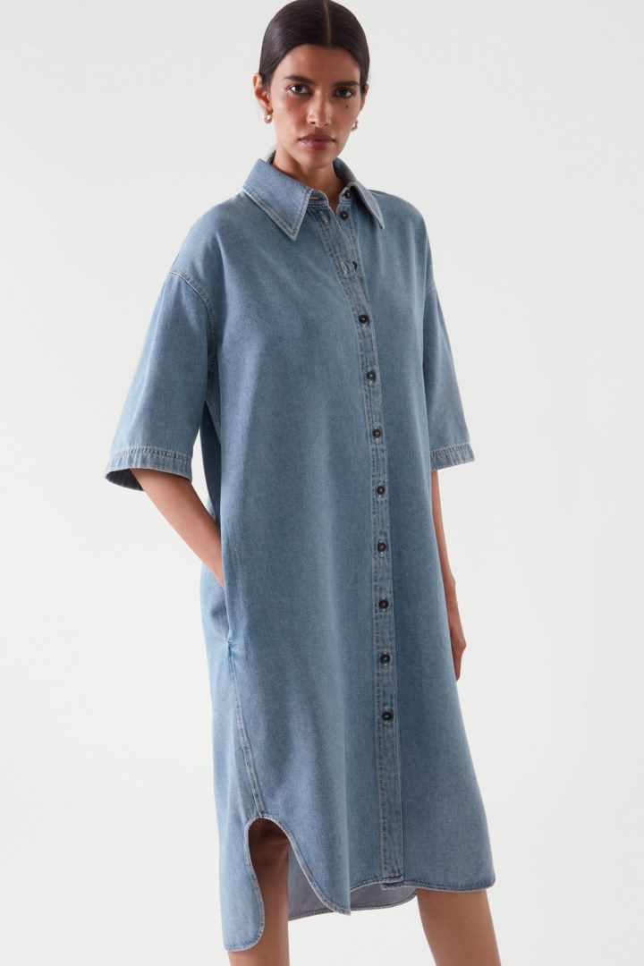 COS default image 6 of 블루 in 데님 셔츠 드레스