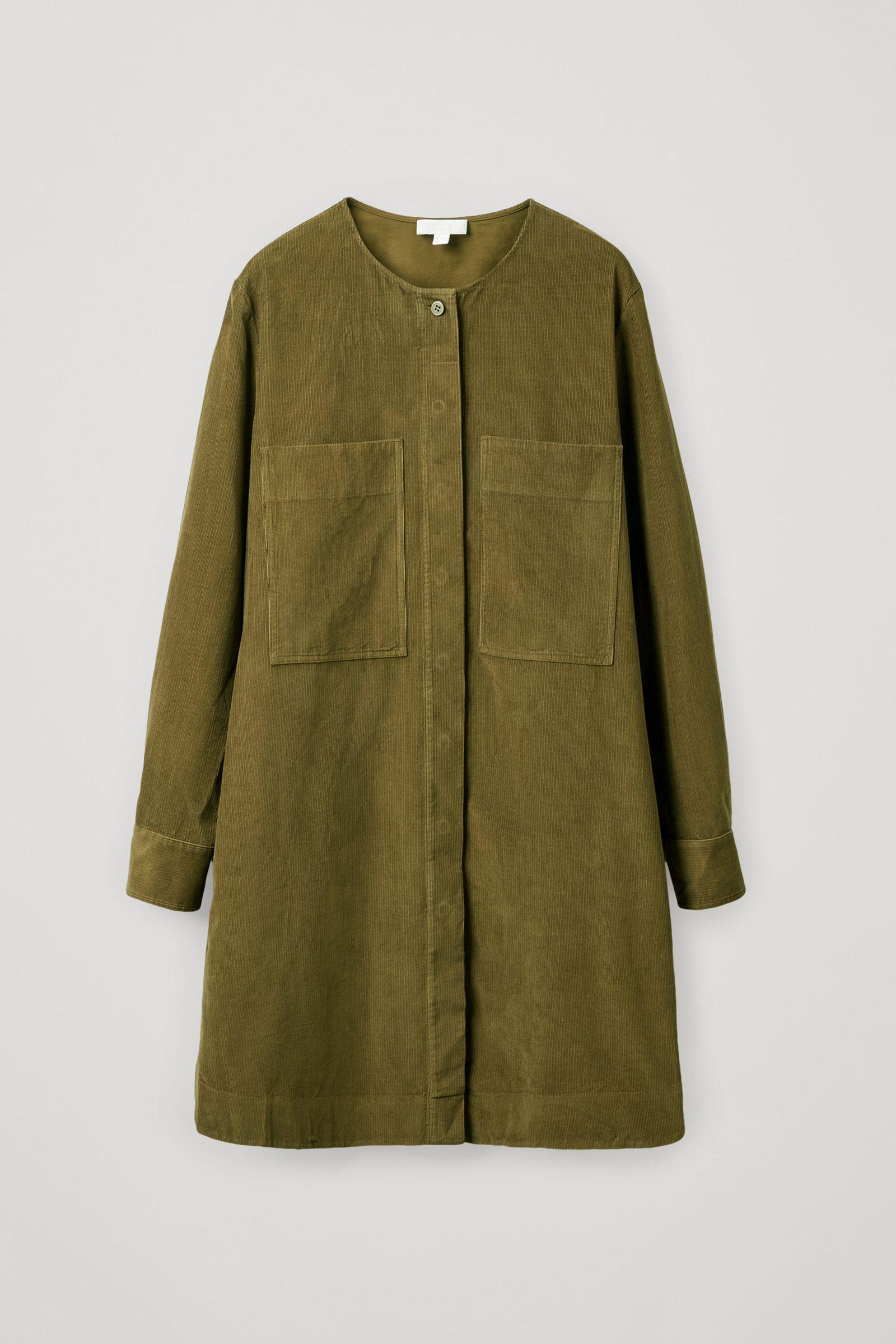 COS A라인 코튼 코듀로이 셔츠 드레스의 카키 그린컬러 Product입니다.