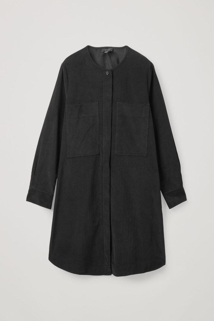 COS hover image 12 of 블랙 in 에이라인 코튼 코듀로이 셔츠 드레스