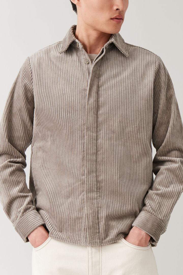 COS default image 6 of 브라운 in 코튼 코듀로이 셔츠
