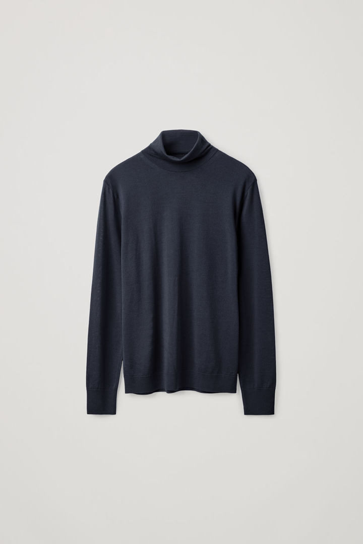 COS hover image 7 of 블루 in 메리노 롤넥 스웨터