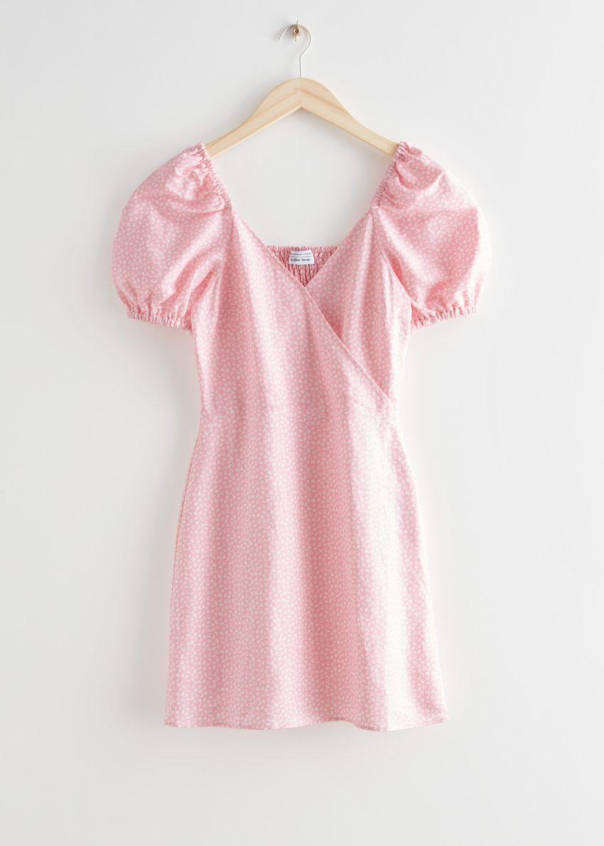 앤아더스토리즈 피티드 퍼프 슬리브 미니 드레스의 핑크 프린트컬러 Product입니다.