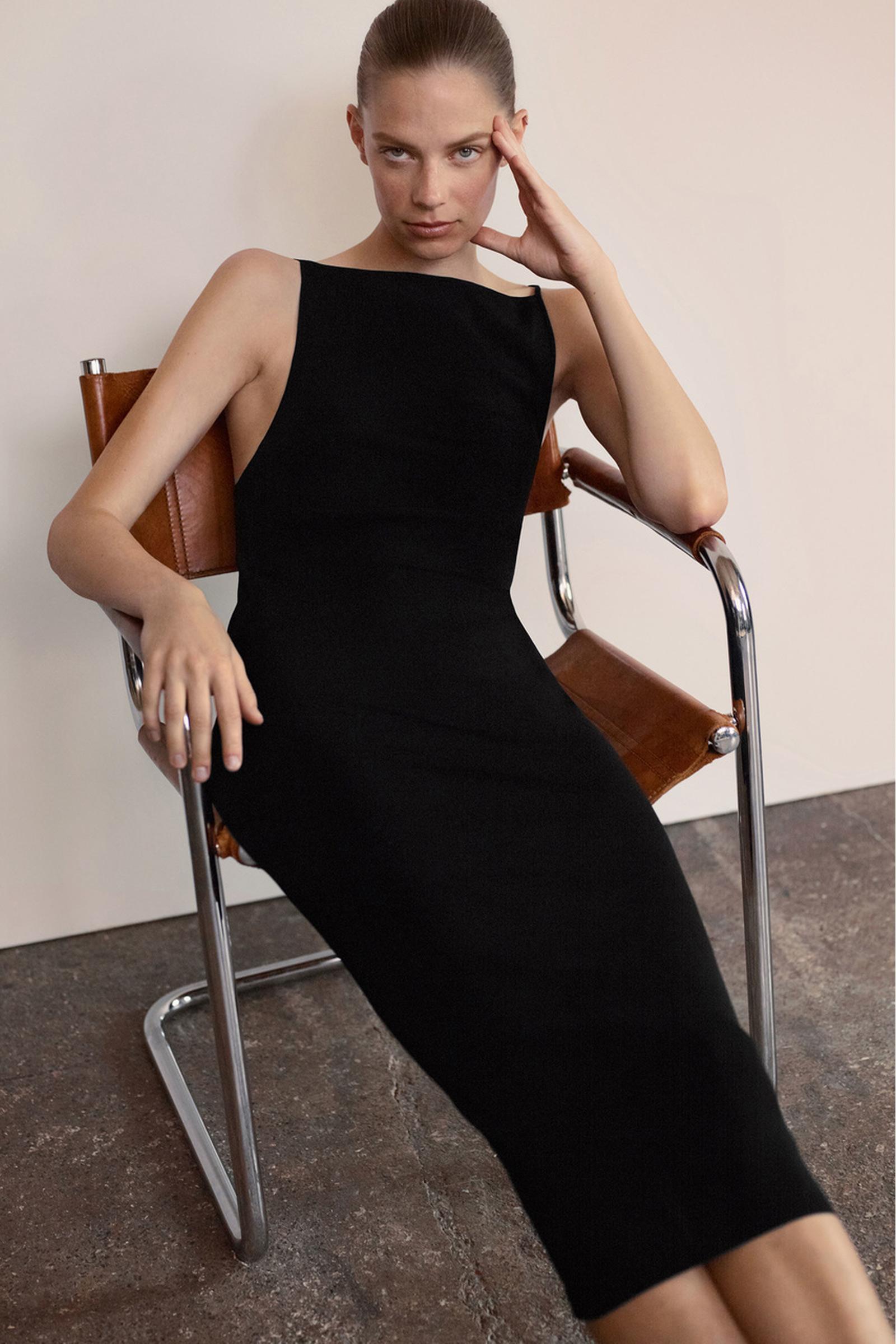 COS 백리스 니티드 슬립 드레스의 블랙컬러 Environmental입니다.