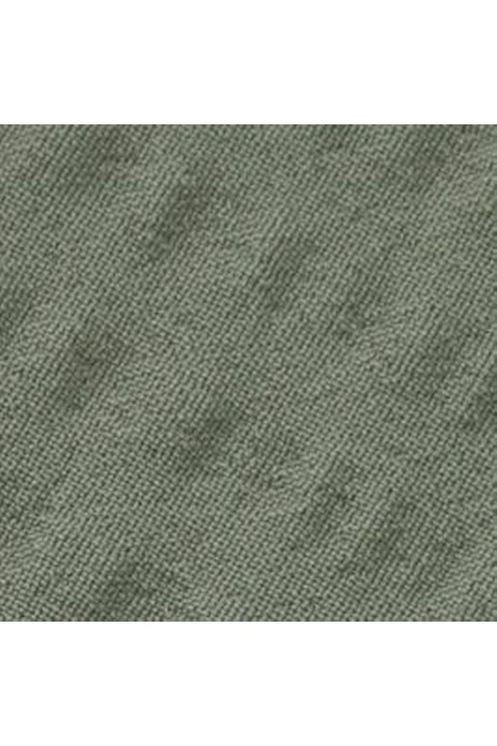 COS 하이 웨이스티드 비키니 브리프의 카키 그린컬러 Detail입니다.