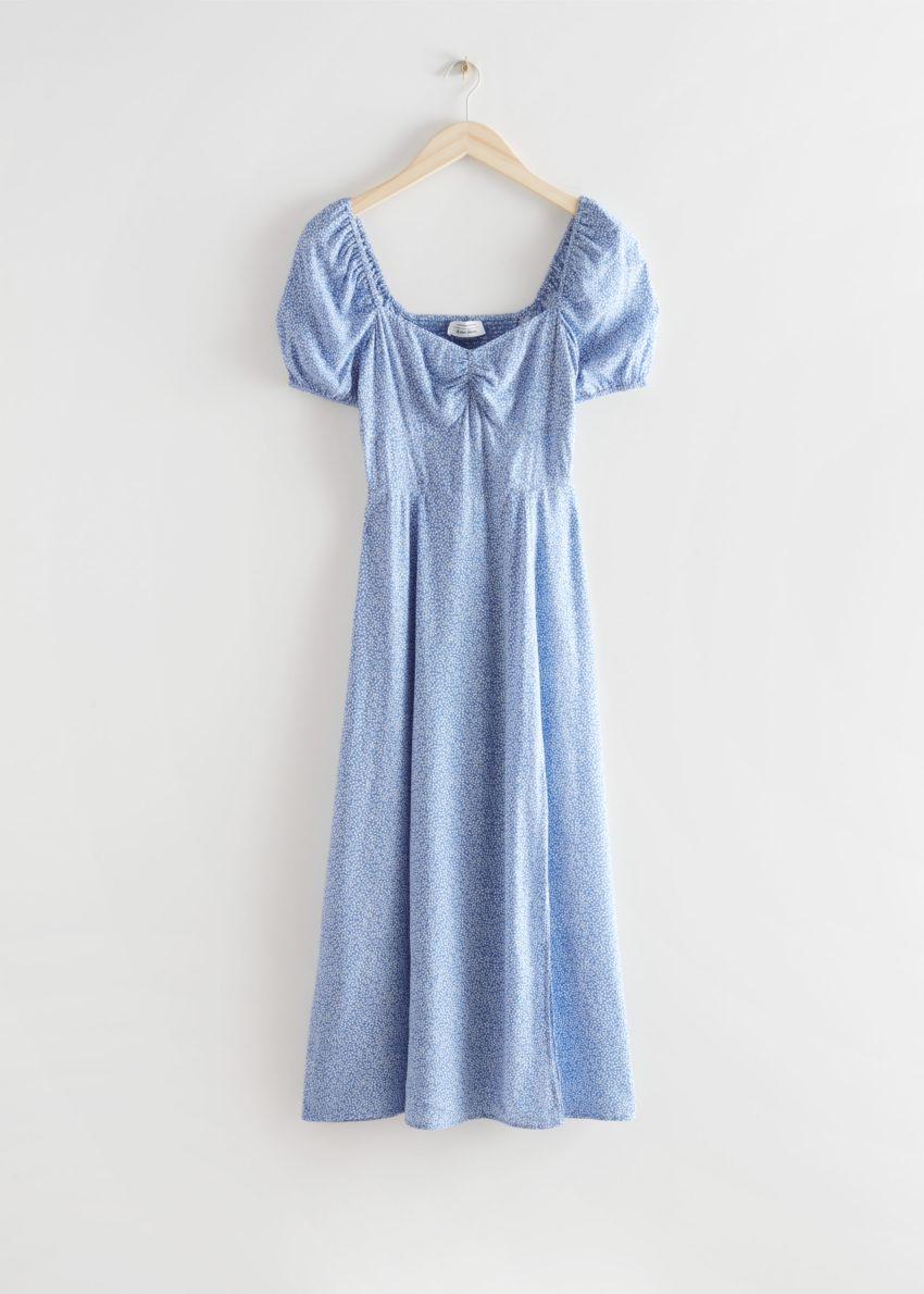 앤아더스토리즈 플로위 퍼프 슬리브 미디 드레스의 블루 프린트컬러 Product입니다.