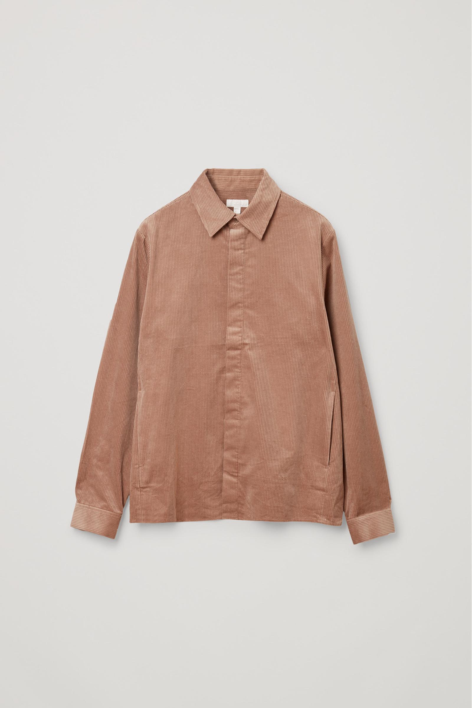COS 코튼 코듀로이 셔츠의 브라운컬러 Product입니다.