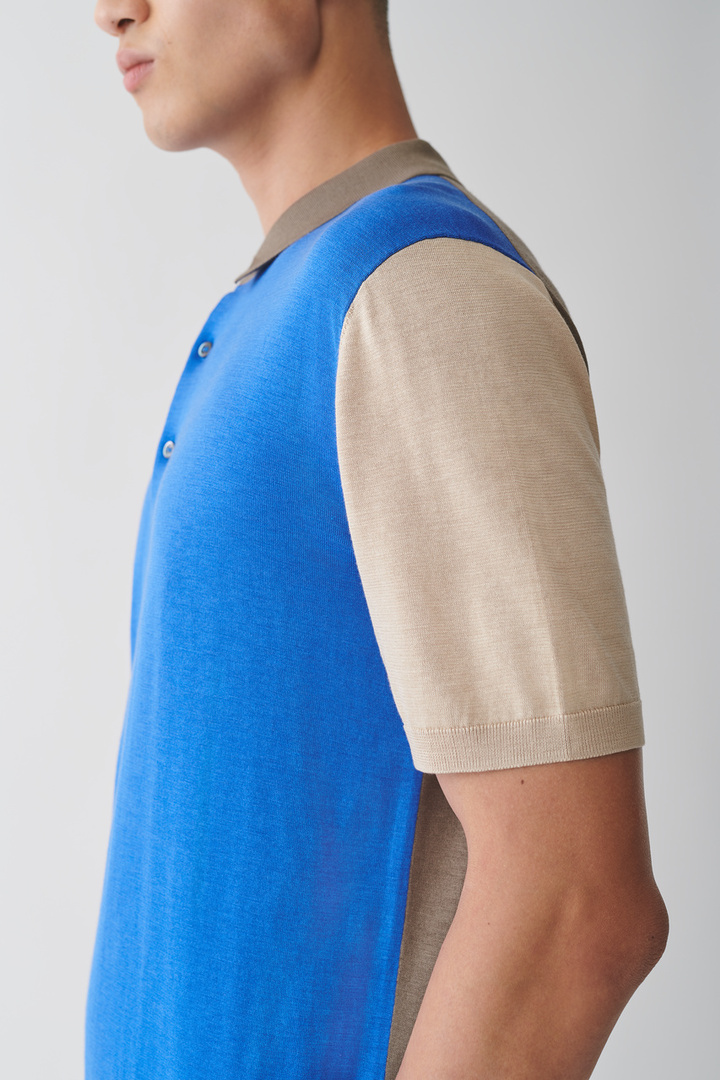 COS default image 1 of  in 실크 코튼 니트 폴로 셔츠
