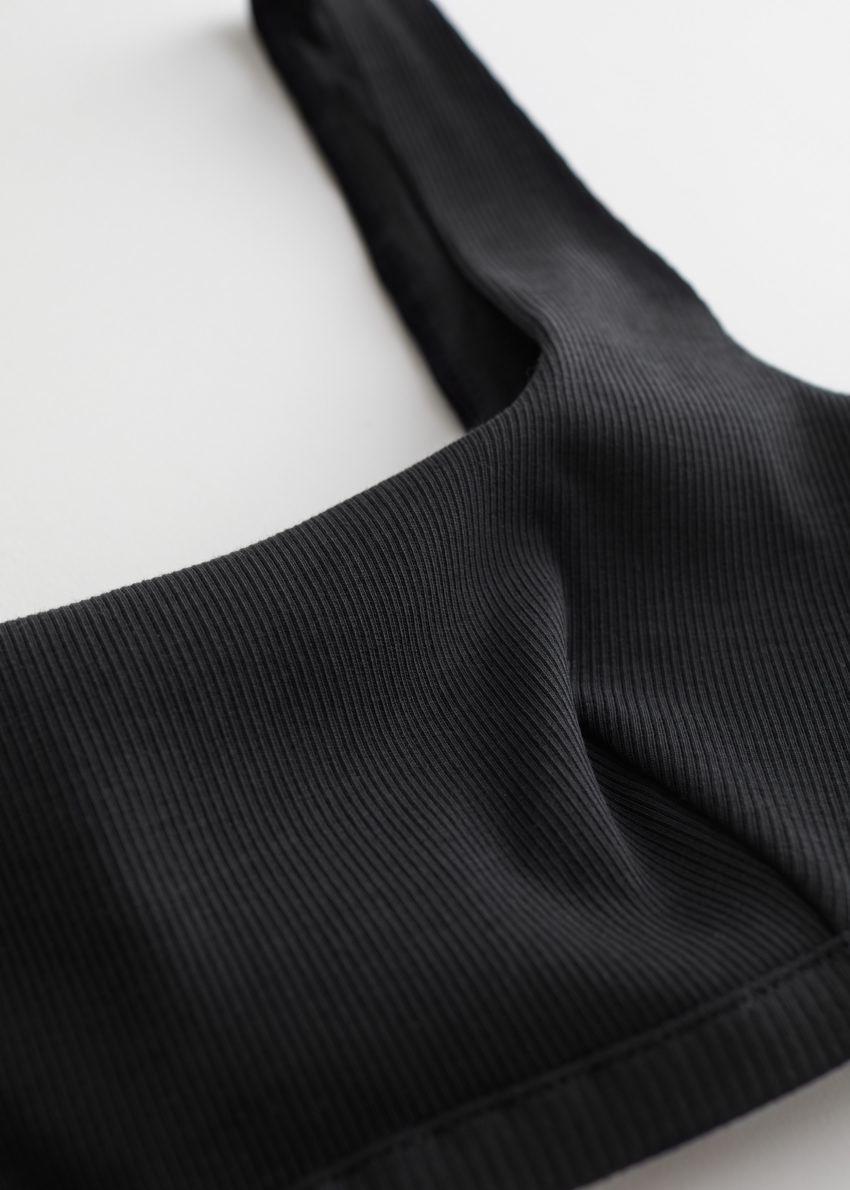 앤아더스토리즈 립 스퀘어 넥 소프트 브라의 블랙컬러 Detail입니다.