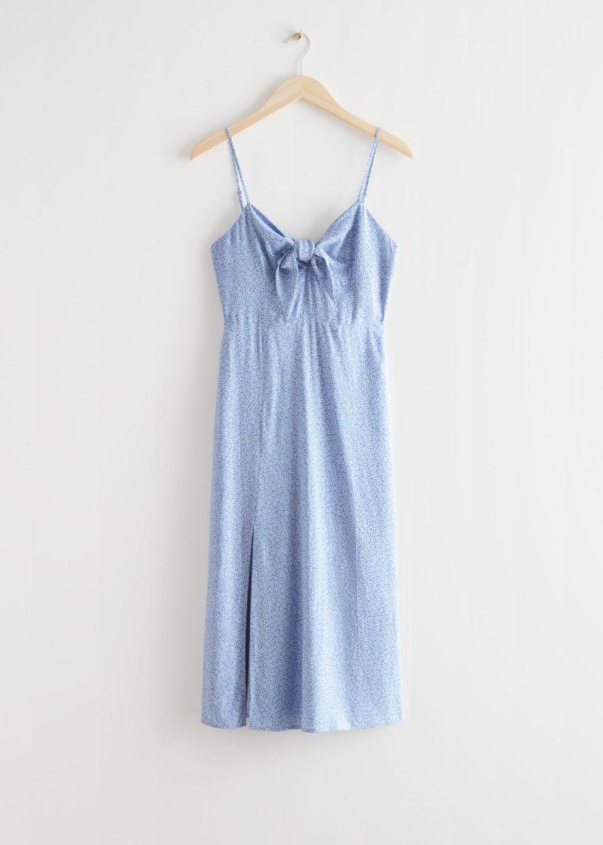 앤아더스토리즈 프린트 스트래피 미디 드레스의 블루 프린트컬러 Product입니다.