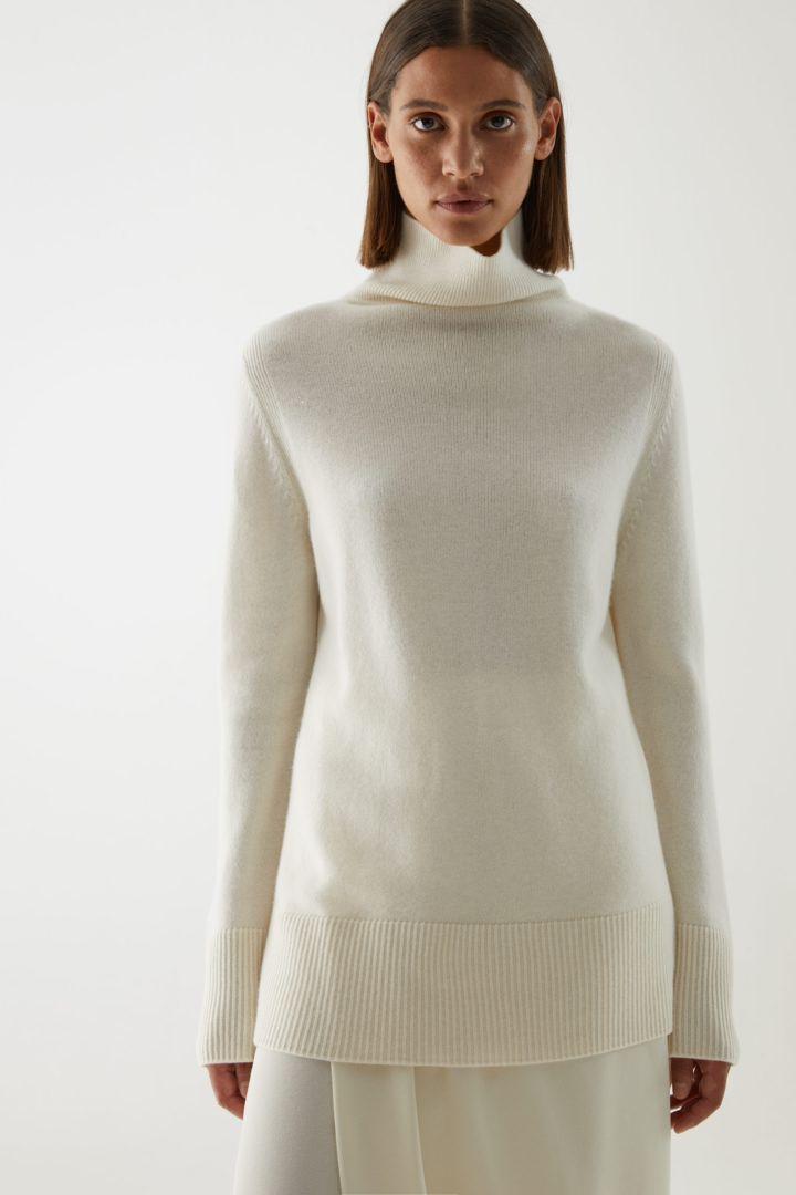 COS hover image 12 of 화이트 in 캐시미어 롤넥 스웨터