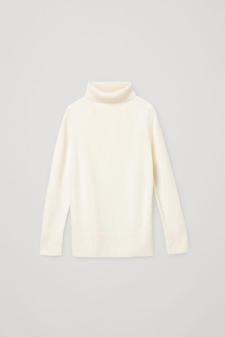 COS default image 12 of 화이트 in 캐시미어 롤넥 스웨터