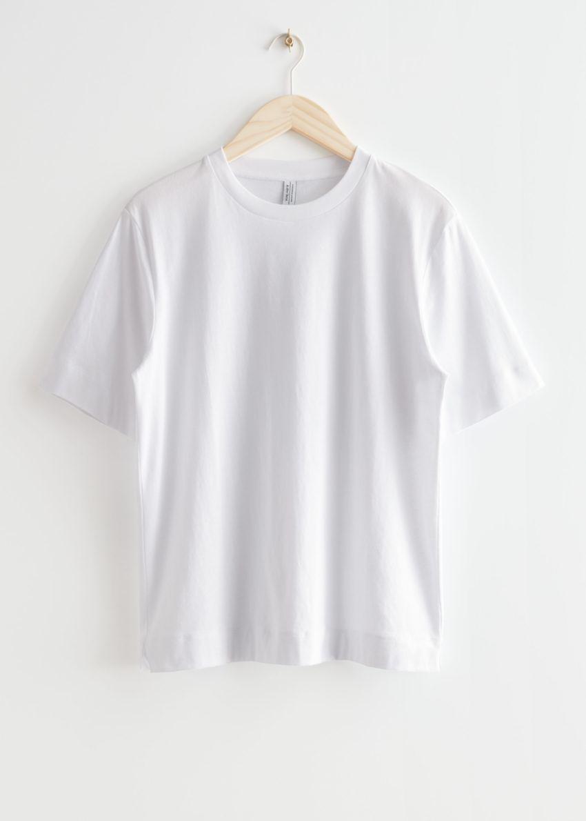 앤아더스토리즈 릴렉스드 크루넥 티셔츠의 화이트컬러 Product입니다.