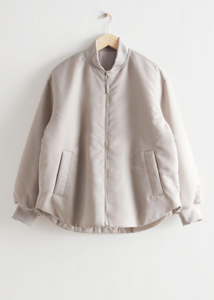 앤아더스토리즈 오버사이즈 패디드 보머 재킷의 몰컬러 Product입니다.