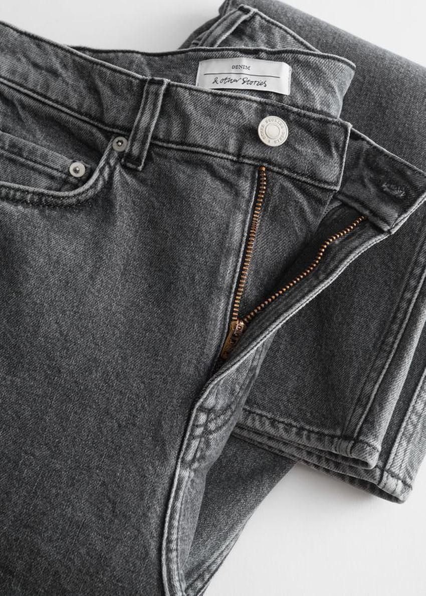 앤아더스토리즈 페이보릿 컷 크롭의 워시드 그레이 컬러 Detail입니다.