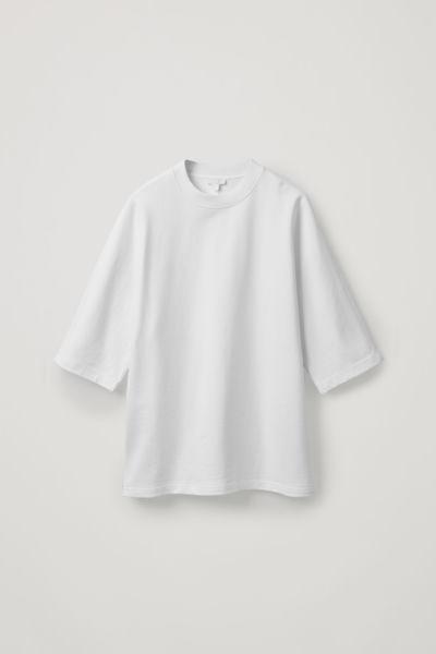 COS default image 12 of 베이지 in 코튼 리넨 저지 티셔츠