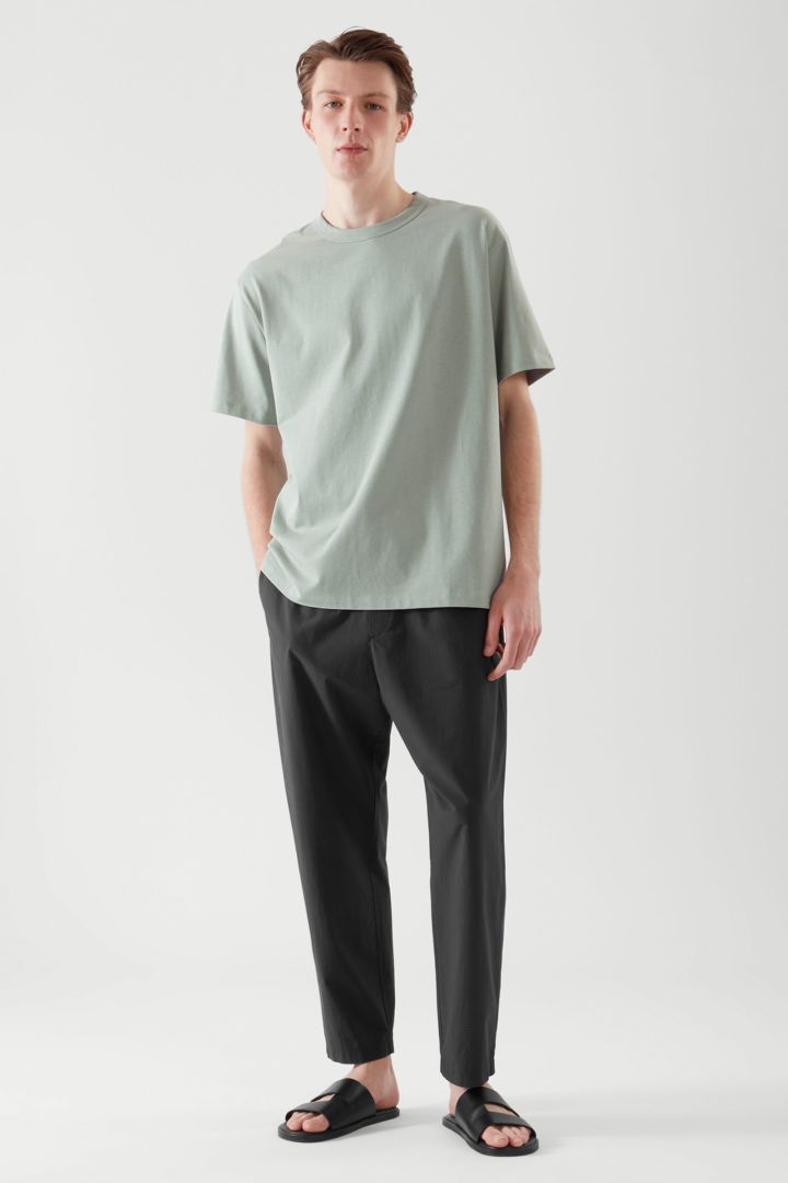 COS default image 5 of 그린 in 릴랙스드 핏 티셔츠