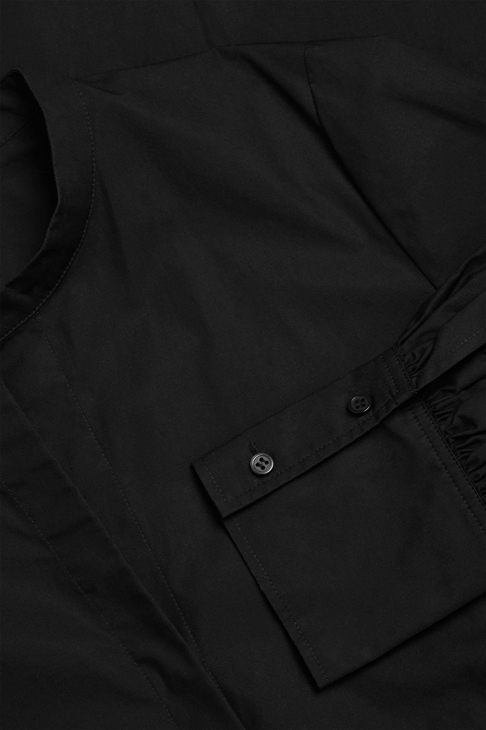 COS 코튼 볼륨 슬리브 미디 셔츠 드레스의 블랙컬러 Detail입니다.