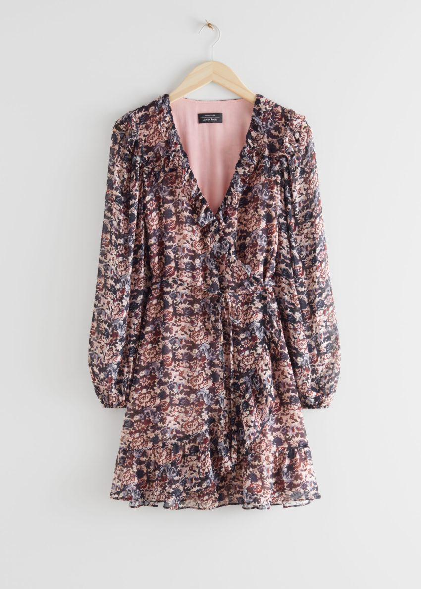 앤아더스토리즈 러플 미니 랩 드레스의 핑크 플로럴컬러 Product입니다.