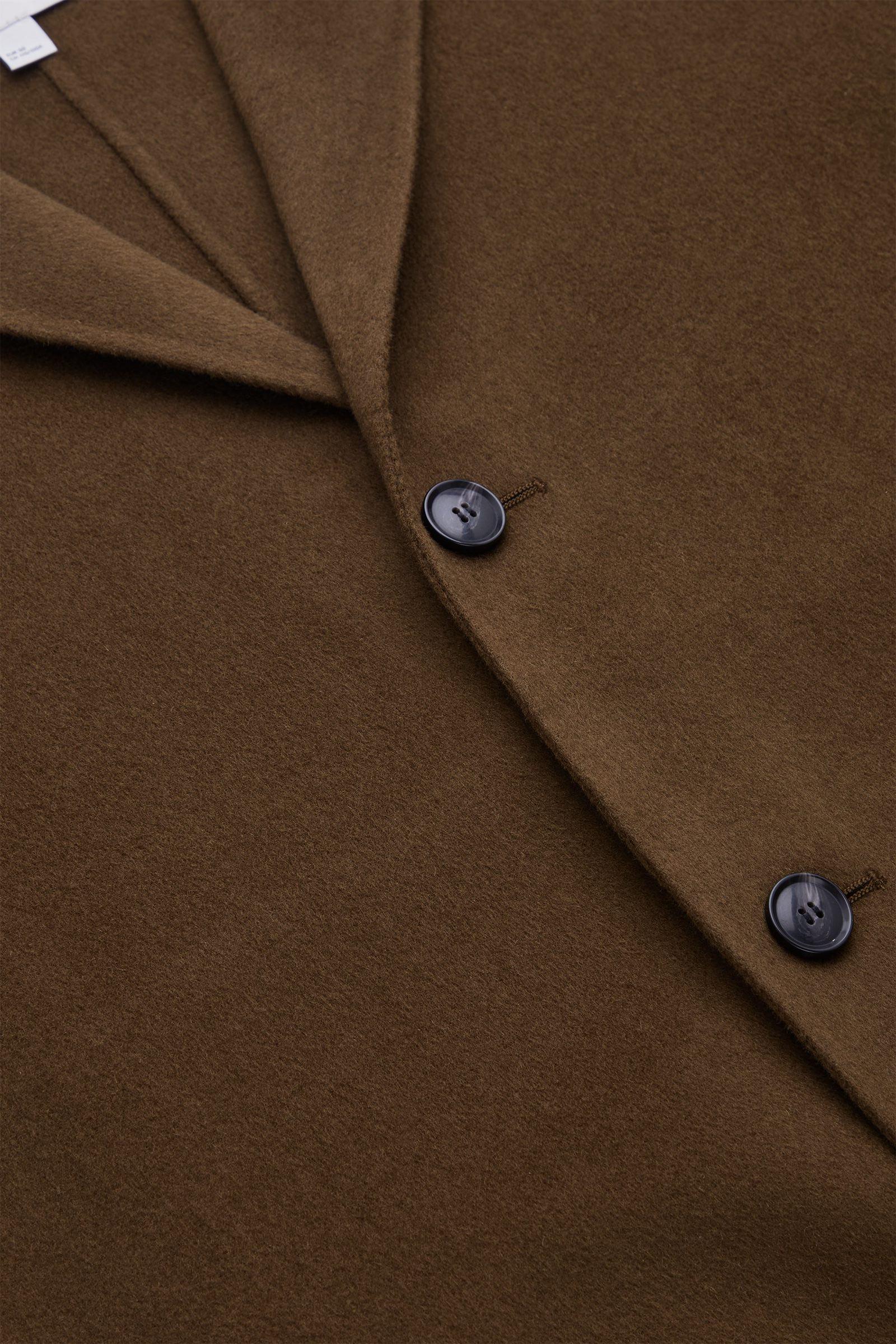 COS 테일러드 울 코트의 더스티 브라운컬러 Detail입니다.