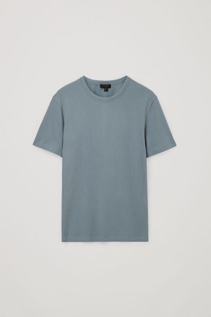 COS 레귤러 핏 브러쉬드 코튼 티셔츠의 스틸 블루컬러 Product입니다.