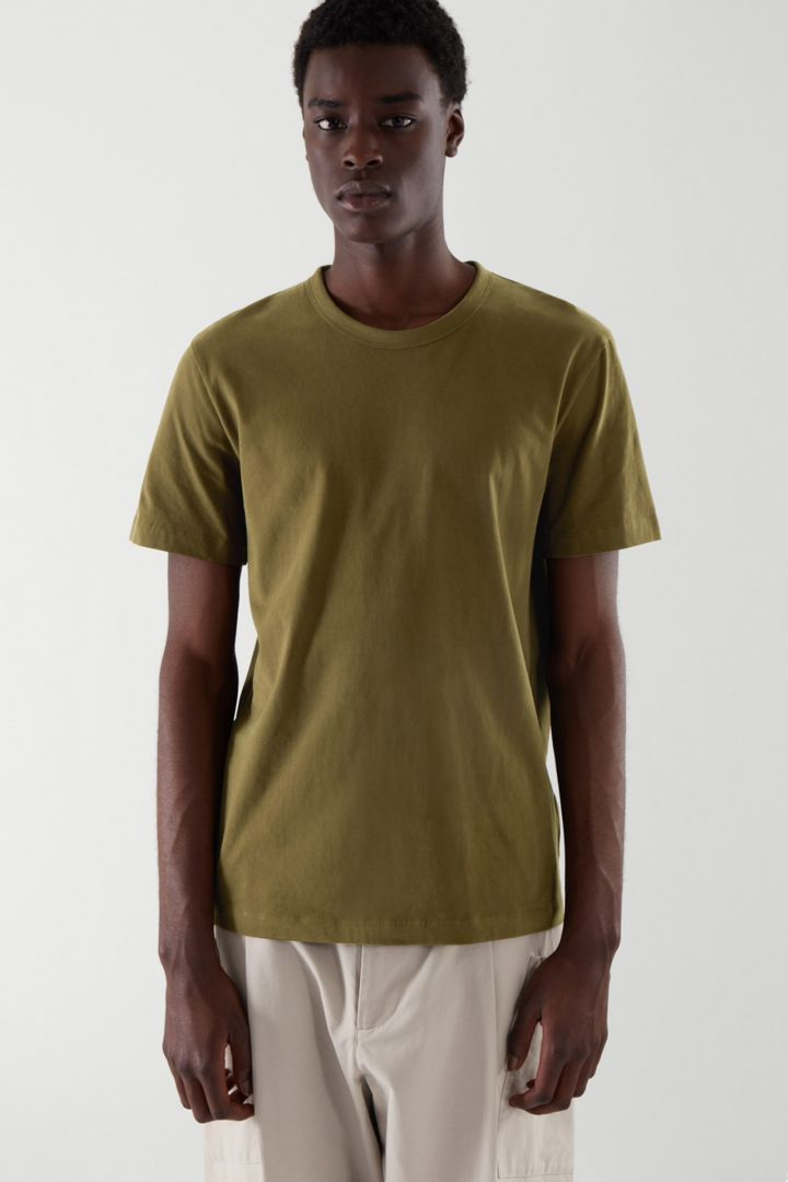 COS default image 2 of 그린 in 레귤러 핏 브러쉬드 코튼 티셔츠