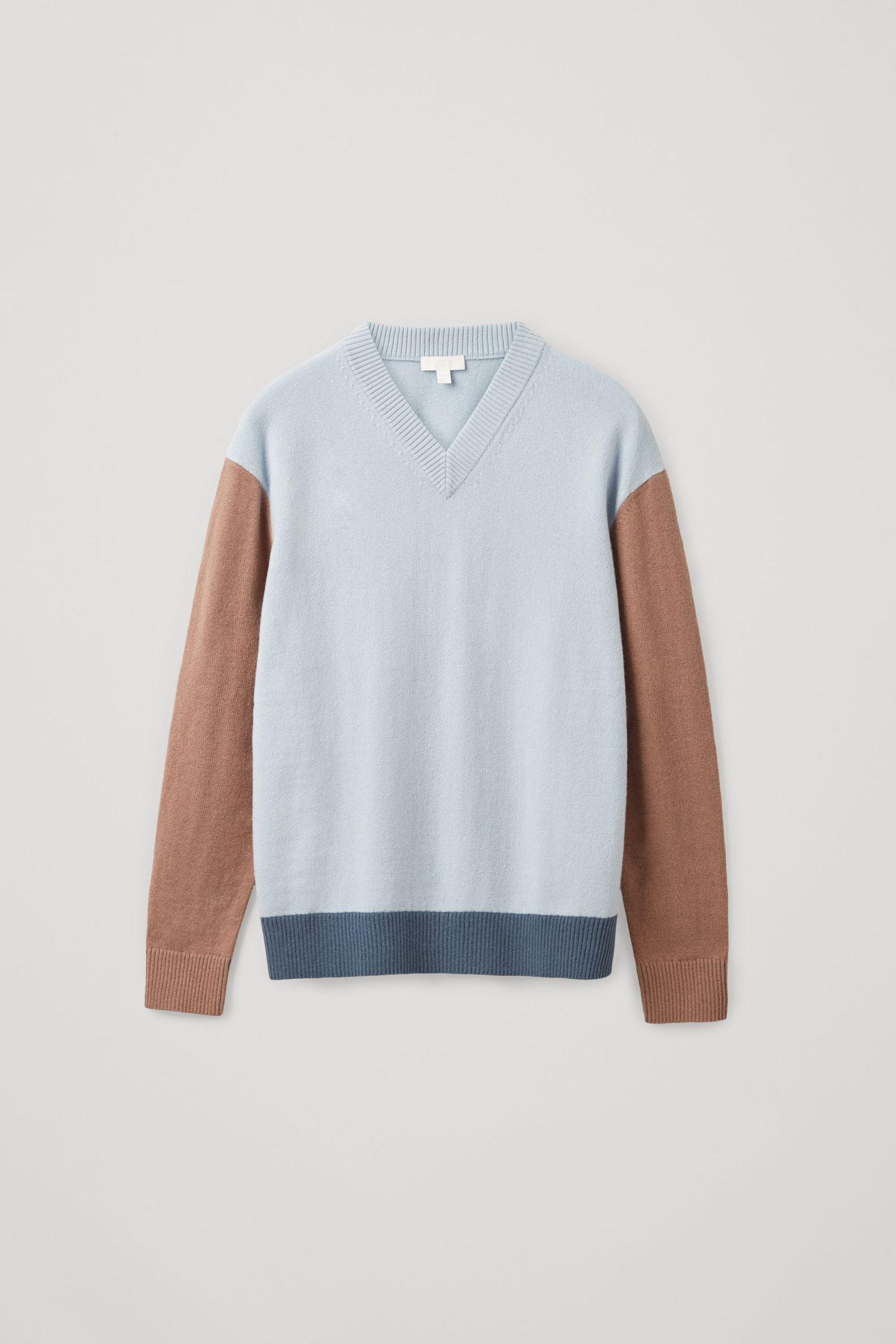 COS 컬러 블록 울 코튼 스웨터의 터쿼이즈컬러 Product입니다.